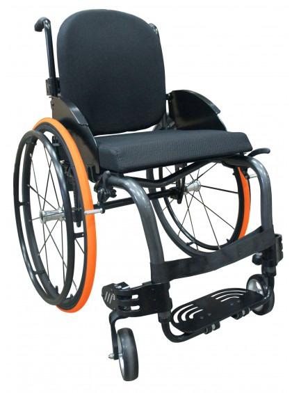 Imagem com fundo branco e ao centro cadeira de rodas monobloco modelo M3